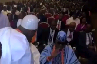 REVEALED: Reason why Oba of Lagos snubbed Oni of Ife in Public.