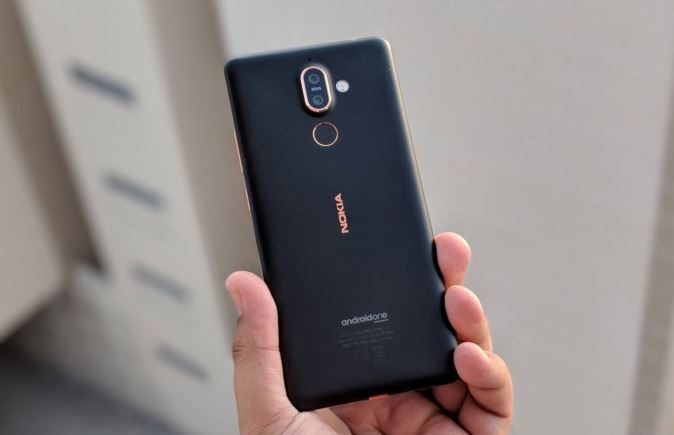The Nokia 7 Plus uses a Snapdragon 660 chip