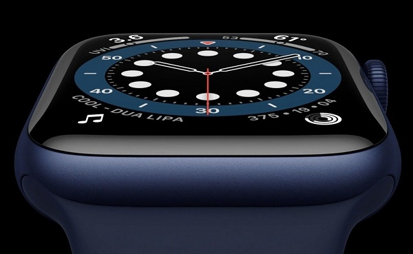 Apple Watch Series 6 in new Blue