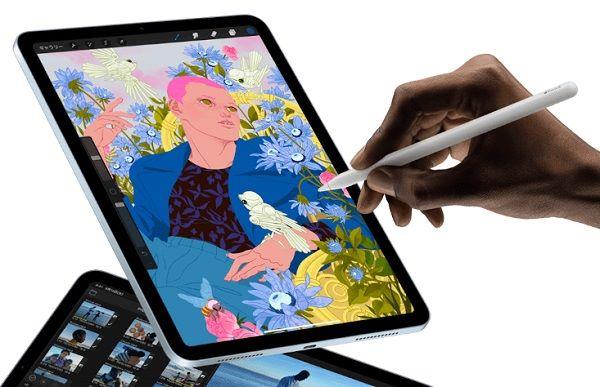 Apple iPad Air (2020) in use