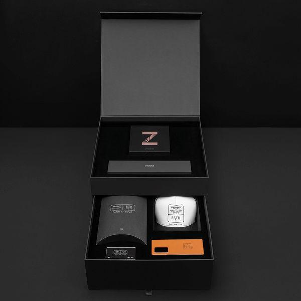 Samsung Galaxy Z Fold2 Aston Martin Limited Edition unboxed
