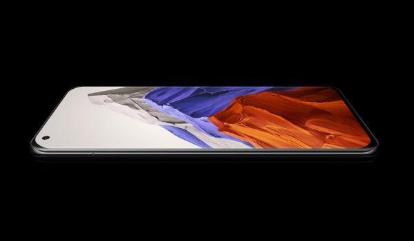 Xiaomi Mi 11 Pro display