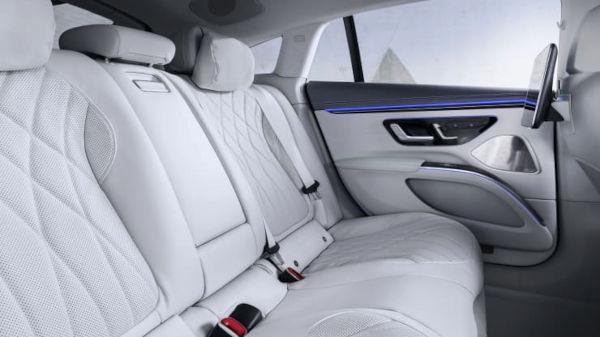 Mercedes Benz 2022 EQS Electric Vehicle inner