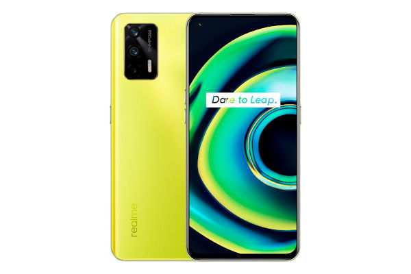 Realme Q3 Pro 5G in Firefly with glow in the dark logo