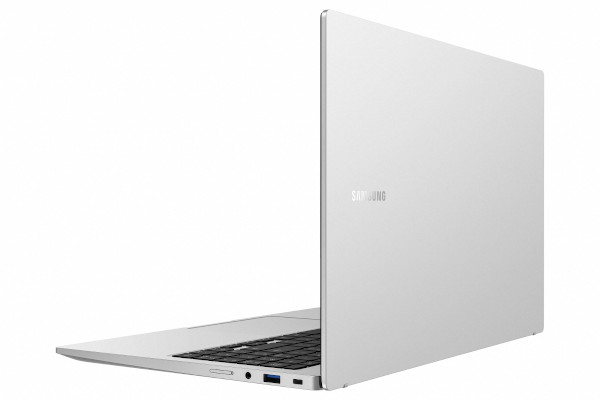 Samsung Galaxy Book in Mystic Silver