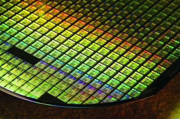 IBM Announces The World 2nm Chip Manufacturing Technology