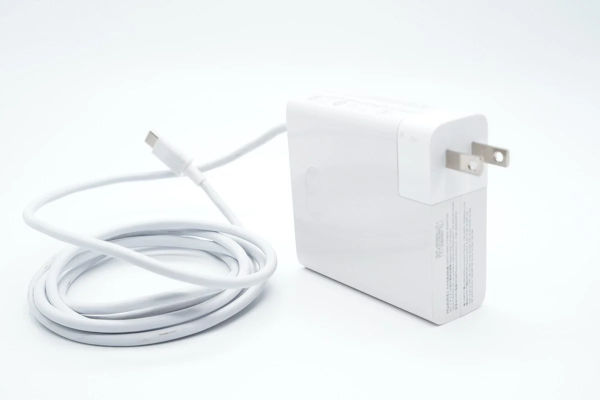 Huawei Unveils 135W USB C Charger With PD