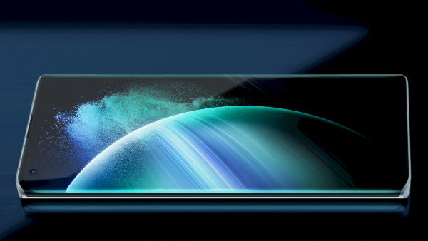 Infinix Concept Phone 2021 sides of the 6.67inch AMOLED display curve