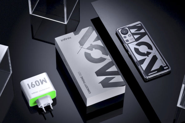 The Ultra Flash Charge system relies on a 160W GaN SiC charger to get to 100 in 10 minutes