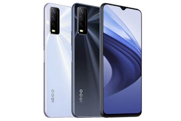 iQOO U3x Standard Edition in colors