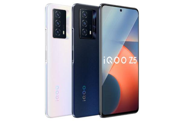 iQOO Z5 5G in colors